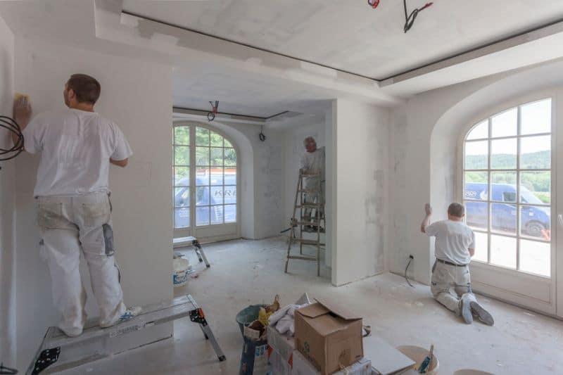 Chauffage Elaerts, c'est aussi du parachèvement : plafonnage, petite maçonnerie, carrelage, recouvrement de sols et murs ...